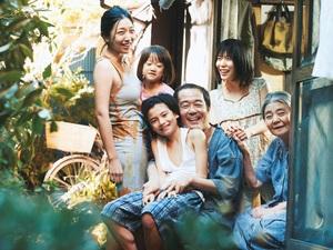 『万引き家族』メイン写真.jpg